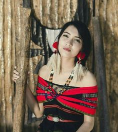 @_tungoe_zukh_tomato Girl Photo Poses, Girl Photos, Northeast India, Culture Clothing, Native American Beauty, Dress Makeup, Ethnic Fashion, Traditional Dresses, Picsart Png