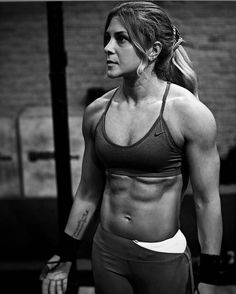 Mario Giraudo (@0nlyfitgirls) op Instagram: '@ebrueryener78 #onlyfitgirls #crossfitgirls #crossfit #girlswholift #fitnessgirl #fitness #abs'
