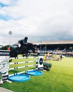 #teamhorseware Cian O Connor and Good Luck starting the @dublinhorseshow week…