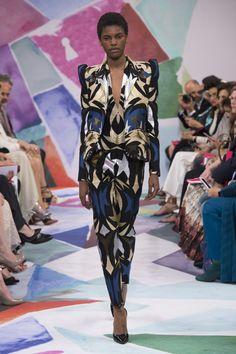 Schiaparelli | Haute Couture - Autumn 2016 | Look 5