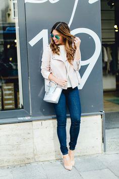 modebloggerin luisa münchen guess jeans rosa lederjacke edited