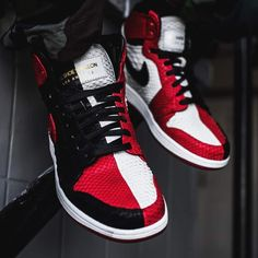 "cheaper 2e156 08a78 Exotische Version des ""Homage to Home"" Air Jordan 1 – by ""the Shoe Surgeon"""