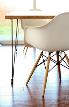 Plywood + Hairpin Leg Kitchen Table // www.deliacreates.com