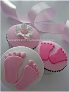 Welcome baby girl cupcakes