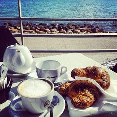 Colazione in riva al mare Breakfast Time, Instagram