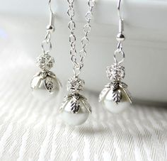 Bridesmaids jewelry set of necklace and earrings by LaurinWedding