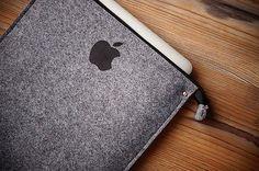 New iPad PRO 12.9inch Felt Sleeve Case Cover Bag - SIMPLE PRINT APPLE