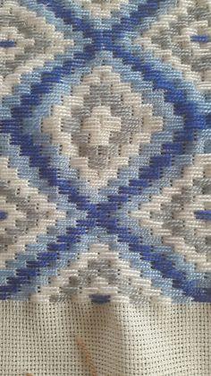 Bargello Patterns, Bargello Needlepoint, Needlepoint Stitches, Needlework, Hardanger Embroidery, Hand Embroidery Stitches, Cross Stitch Embroidery, Embroidery Patterns, Blackwork