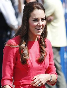 Kate Duchess of Cambridge delights school children on charity visit in pink | Mail Online