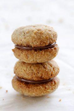 Baci di Dama – Italian Almond and Chocolate Cookiesבאצ'י די דמה