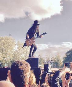 Slash. Photo taken from Golden ring. 2017, Nijmegen, Goffertpark