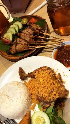 Food N, Food And Drink, Snap Food, Food Snapchat, Food Goals, Indonesian Food, Food Cravings, I Love Food, Food Photo
