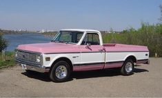 Glamour trucks - The 1947 - Present Chevrolet & GMC Truck Message Board Network Pink Chevy Trucks, 72 Chevy Truck, Pink Truck, Chevy C10, Chevrolet Trucks, Gmc Trucks, Diesel Trucks, Classic Trucks, Classic Cars