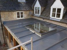Good Style Garage Roof Remodeling Ideas : Roof Remodeling Ideas With Flat Roofs – Remodel Ideas Bungalow Extensions, Garden Room Extensions, House Extensions, Transitional Fireplaces, Transitional House, Transitional Lighting, Transitional Bathroom, Flat Roof Design, Lead Roof