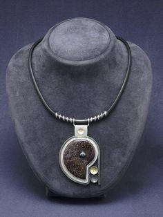 Necklace AMMONITE / Naszyjnik AMMONITE Jewelry Necklaces, Jewellery, Ammonite, Metal Jewelry, Craftsman, Pendants, Pendant Necklace, Artisan, Jewels