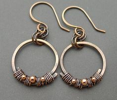 Not a Tutorial, but really like this idea.  Earrings | Chain Flower Designs.