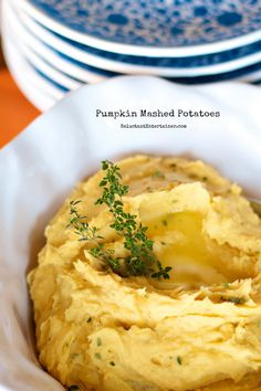 Easy Pumpkin Mashed Potatoes with pumpkin and fresh thyme at ReluctantEntertainer.com