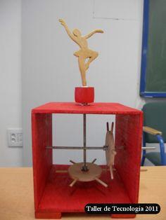PROPUESTA  Diseño y construcción de una caja de bailarina.      Fabricación   Hemos dibujado cuatro cuadrados de 12*12 cm sobre contrachapa... Stem Projects, Projects For Kids, Diy For Kids, Wood Projects, Crafts For Kids, Mechanical Projects, Mechanical Art, Kinetic Toys, Kinetic Art
