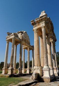Tetrapylon Gate in Ancient Greek City of Aphrodisias, Turkey (by Anita363 on Flickr)