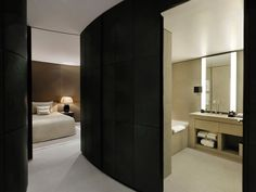 Armani Hotel in Burj Khalifa, Dubai provides you with a stylish experience and top indulgence. The delicate beauty of Armani Hotel in t. Armani Hotel Milan, Armani Hotel Dubai, Design Hotel, Best Hotel Deals, Best Hotels, Casa Hotel, Foyer Flooring, Guest Bedroom Decor, Guest Rooms