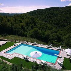 TUSCANY HOLIDAY VILLA RENTALS - Luxury Villa Vacation Rentals with private pool near Arezzo    http://www.vacation-key.com/locations_43266.html