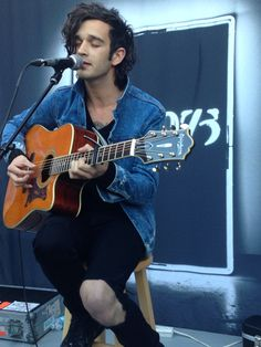 matt healy coming w. the ripped jeans  MATT'S RIPPED JEANS ALWAYS SHOW HIS PASTY ASS KNEE OH MY GOD