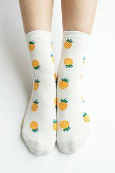 b43e2f18fc1  socken  crazy  socks  ananas Roupas Fashion