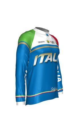 #Pivesso maglia azzurra 2011