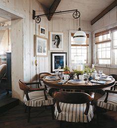 Ralph Lauren Home Ralph Lauren Home Living Room, Home And Living, Ralph Lauren House, Interior Decorating, Interior Design, Boho Living Room, Classic Interior, Dining Area, Dining Rooms