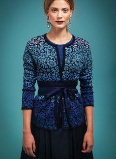 Schönes Muster Cardigan, vielleicht andere Farben? Oleana; Bindegürtel hübsch