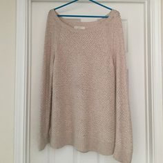 Cream colored LOFT sweater! Will keep you warm for the winter! LOFT Sweaters Crew & Scoop Necks