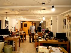 Coworking Spaces and 3D Printing: Bringing Manufacturing to the Masses: http://www.deskmag.com/en/coworking-spaces-and-3d-printing-bringing-manufacturing-to-the-masses-fablabs-makerspaces-662