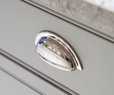 The handles featured are made from solid brass and plated in polished nickel,