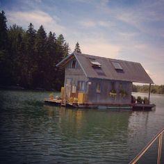Houseboat that looks like a house