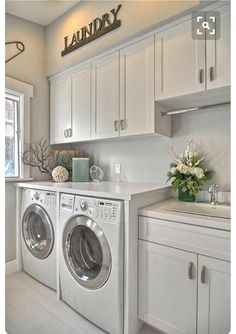 I'd love to do laundry in here!