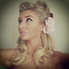 Vintage pin-up hairstyle
