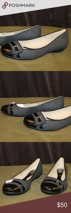 """Naturalizer Heath Gray/Black Flats Size 9.5 Length:  10"""" sole  Width:    3.5"""" toe   New no wear or stains Naturalizer Shoes Flats & Loafers"""