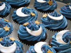 half Moon cupcakes. I want to make awesome looking cupcakes