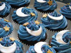 @KatieSheaDesign ♥  Half Moon #Cupcakes