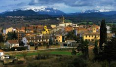 Castellterçol i el Montseny al fons