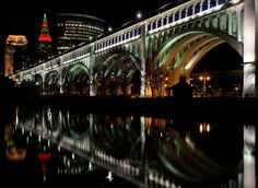 Digital Images by Ron Skinner. The photography of Northeast Ohio photographer Ron Skinner. Ron has been taking photos since the early and enjoys all types of photography. I hope you enjoy viewing my photo galleries, come back often Cleveland Skyline, Cleveland Rocks, Cleveland Ohio, Types Of Photography, Night Photography, Creative Photography, Background Pictures, Art Background, Lucca