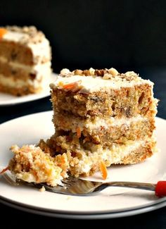 Carrot Cake with Walnuts and Cream Cheese Icing via @bestblogrecipes