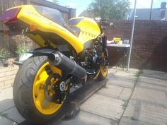 My mk1 triumph speed triple 900 t309 with custom lower fairing and carbon goodies