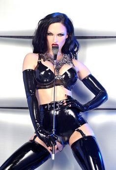 If you love latex and rubber, this shiny material so tight on beautiful fetish models you are on the. Sexy Latex, Latex Babe, Sister Sinister, Latex Costumes, Latex Girls, Latex Fashion, Women's Fashion, Skin Tight, Sexy Women