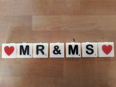Creëer je eigen teksten met deze letter kaarsjes. Wordt het de naam van de jarige voor op de taart?  Een bijzonder woord voor een speciaal persoon? Een mooie decoratie om weg te zetten in je huis? Gebruik je fantasie en laat je gaan! Box, Snare Drum