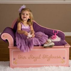Levels of Discovery Princess Fainting Couch w/ Storage