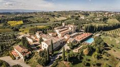 Castello del Nero Hotel & SPA Tavarnelle Val Di Pesa, Italy Top Hotels, Best Hotels, All About Italy, Italian Garden, Formal Gardens, Tuscany Italy, Hotel Spa, Countryside, Paris Skyline