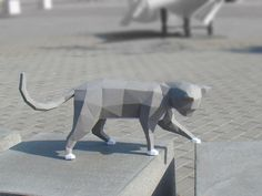 Low poly Curious Cat model printable DIY pdf by Paperstatue
