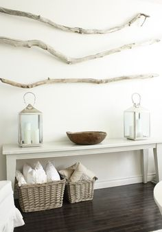 Driftwood on walls Extra pillows in baskets