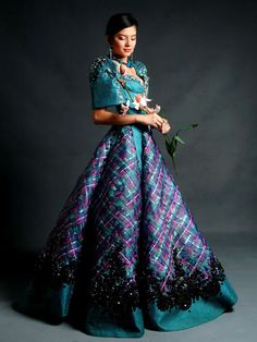 Traditional Filipino Maria Clara Dress This image has been resized to Maria Clara Dress Philippines, Philippines Outfit, Philippines Fashion, Philippines Culture, Philippines People, Modern Filipiniana Gown, Filipiniana Wedding, Filipino Fashion, Asian Fashion